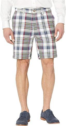 """8.5"""" Plaid Classic Fit Shorts"""