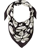 Kate Spade New York - Spade Clover Hearts Square Scarf