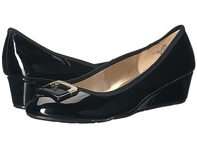Bandolino Tad (Black Super Soft Patent Pu) Women