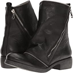 Low Boot with Zipper