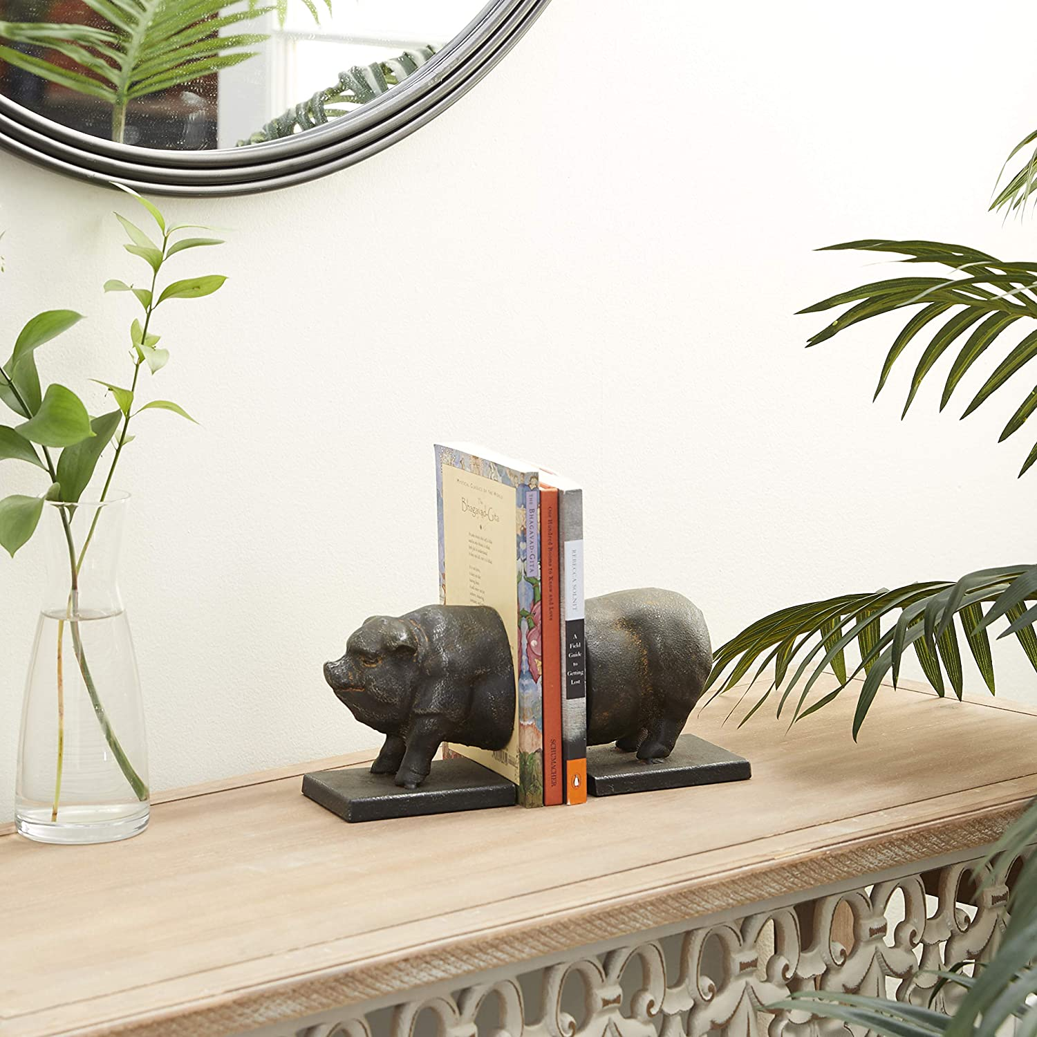 Deco 79 Bookends 5