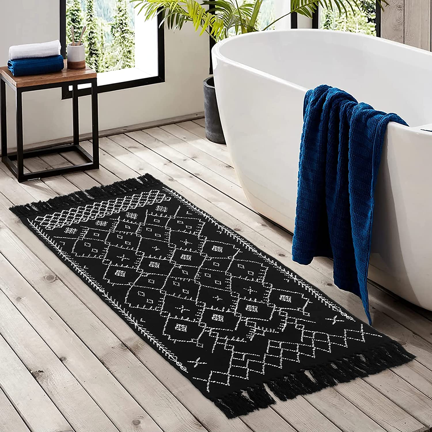 Lahome Boho Bathroom Rug with Tassels, 20x20.20ft Black White Small Area Rug  Woven Geometric Tribal Cotton Washable Laundry Door Mat for Entryway  Kitchen ...