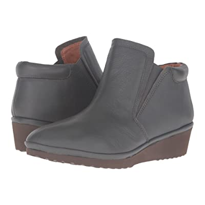 Gentle Souls by Kenneth Cole Nara (Granite Leather) Women