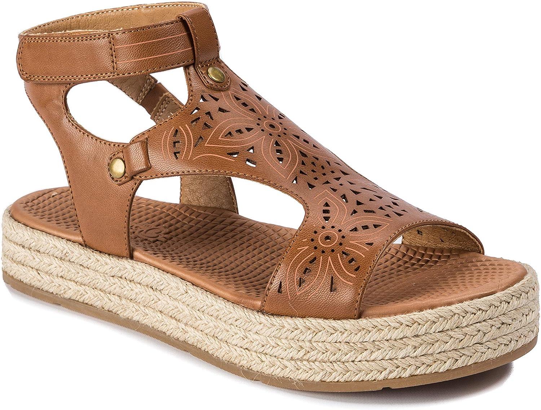 BareTraps Bernedette Women& 39;s Sandals & Flip Flops