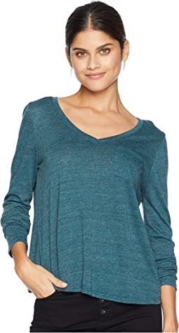 Tri-Blend Jersey Long Sleeve V-Neck Tulip Back Shirttail Pocket Tee