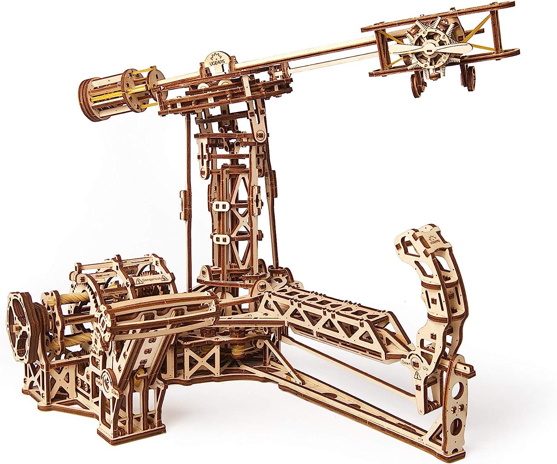 3D Wooden Aviator Model