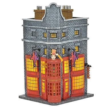 Department 56 Harry Potter Village Weasleys' Wizard Wheezes Lit Building, 8.11 Inch, Multicolor