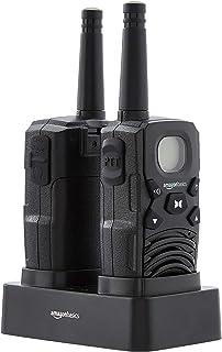 Amazon Basics - Radio Walkie Talkie bidireccional con cargador de sobremesa, baterías, conexión de larga distancia, pantal...