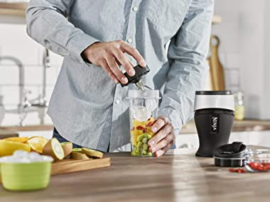 Ninja Slim Blender and Smoothie Maker [QB3001UK] 700 W, Black and Silver