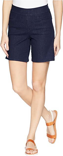 Pull-On Shorts w/ Side Slit in Rinse