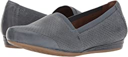 Cobb Hill Galway Perforated Gigi