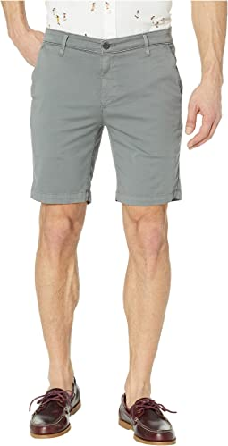 Wanderer Shorts in Sulfur Fog Beacon