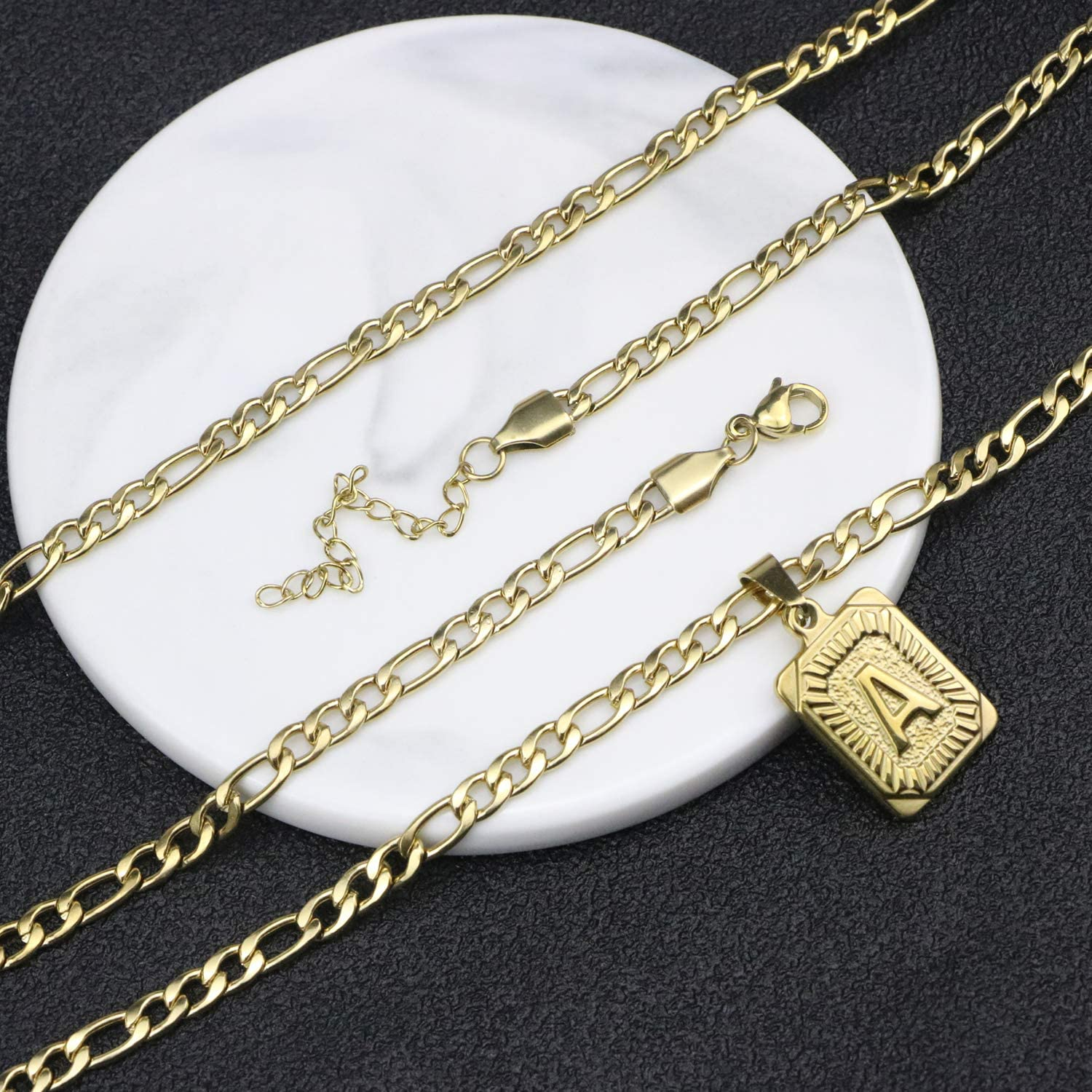 JoycuFF 18K Gold Filled Initial Letter Pendant Necklace Square Alphabet Rectangle Medallion Personalized Stainless Steel Figaro Chain Simple Jewelry Gifts for Women Men Teenage Girls BFF Mom Dad Dad
