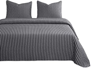 Wake In Cloud - Gray Striped Quilt Set, White Vertical Stripes Pattern Printed on Dark Grey, 100% Cotton Fabric with Soft Microfiber Inner Fill Bedspread Coverlet Bedding (3pcs, Queen Size)