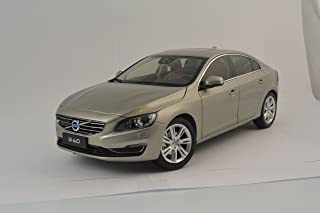 2015 VOLVO S60 CRYSTAL WHITE PEARL 1//18 MODEL CAR BY ULTIMATE DIECAST 88151