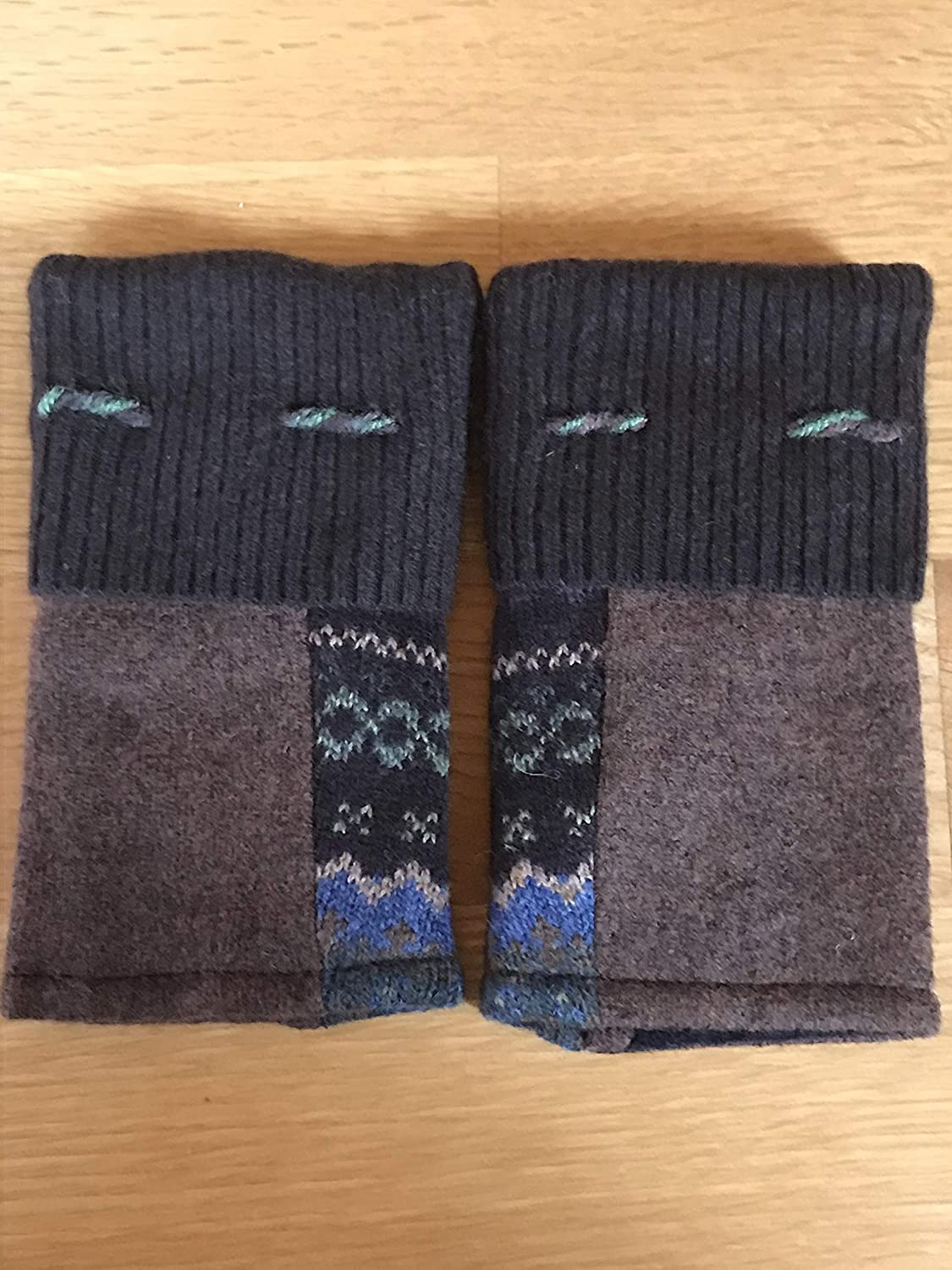 All items free ! Super beauty product restock quality top! shipping Texting Mittens