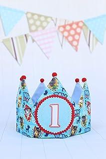 Corona di compleanno del bambino, festa di compleanno dei bambini che decorano la pattuglia con i numeri 1,2,3,4,5
