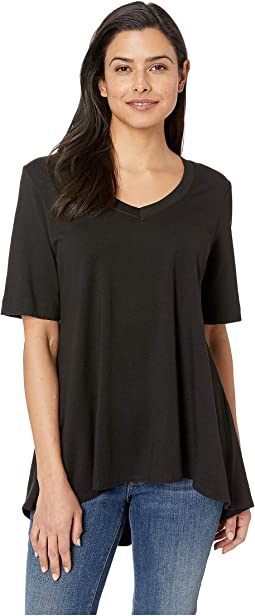 Pleated Back V-Neck Short Sleeve Tunic