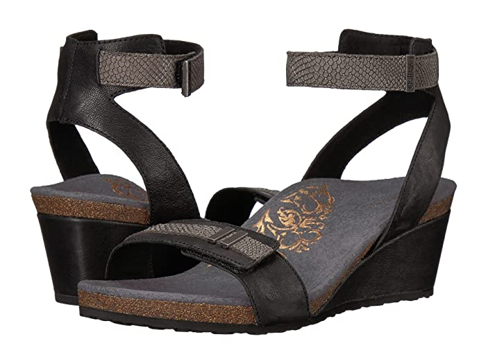 Aetrex  Gia (Black) Womens Sandals