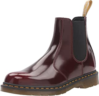 Dr. Martens 男式 2976 Cambridge Brush Chelsea 靴 Vegan