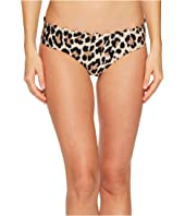 Kate Spade New York - Crystal Cove #70 Scalloped Hipster Bikini Bottom