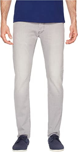 D-Staq Slim Fit Jeans in Tricia Grey Superstretch