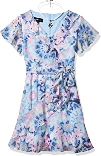 فستان بتنورة مكشكشة من Amy Byer للفتيات بتصميم ملفوف من الجلد الصناعي
