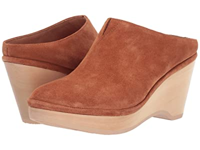 Gentle Souls by Kenneth Cole Skylar Clog Mule (Cognac) Women
