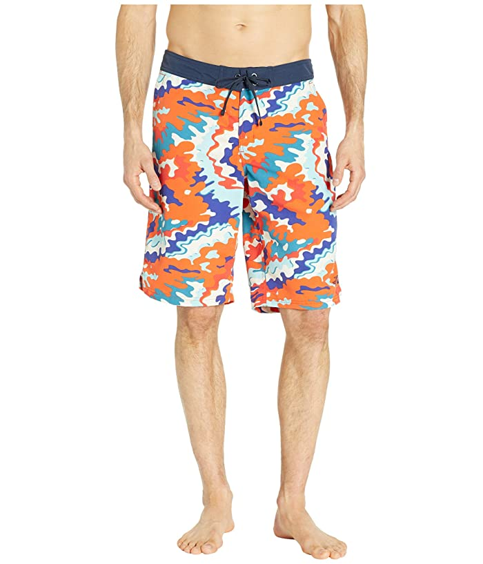 The North Face Classic V Boardshorts (Fiery Red/Psychedilic Print) Men