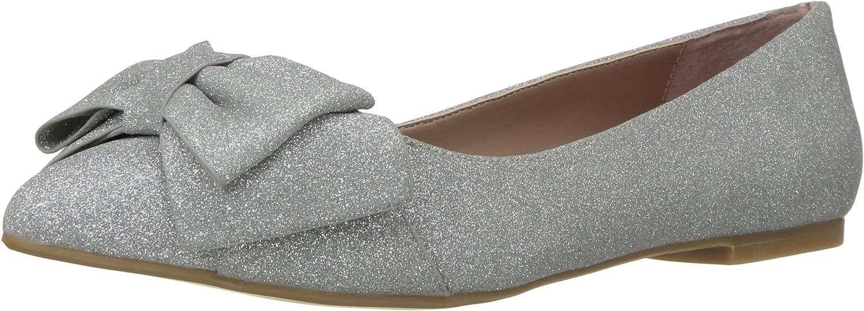 Betsey Johnson Womens Cindi Pointed Toe Flat