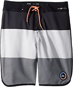 Highline Tijuana Scallop Boardshorts (Big Kids)