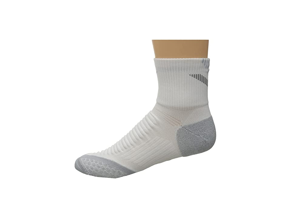 Nike Nike Elite Running Cushion Quarter (White/Wolf Grey/Wolf Grey) Quarter Length Socks Shoes