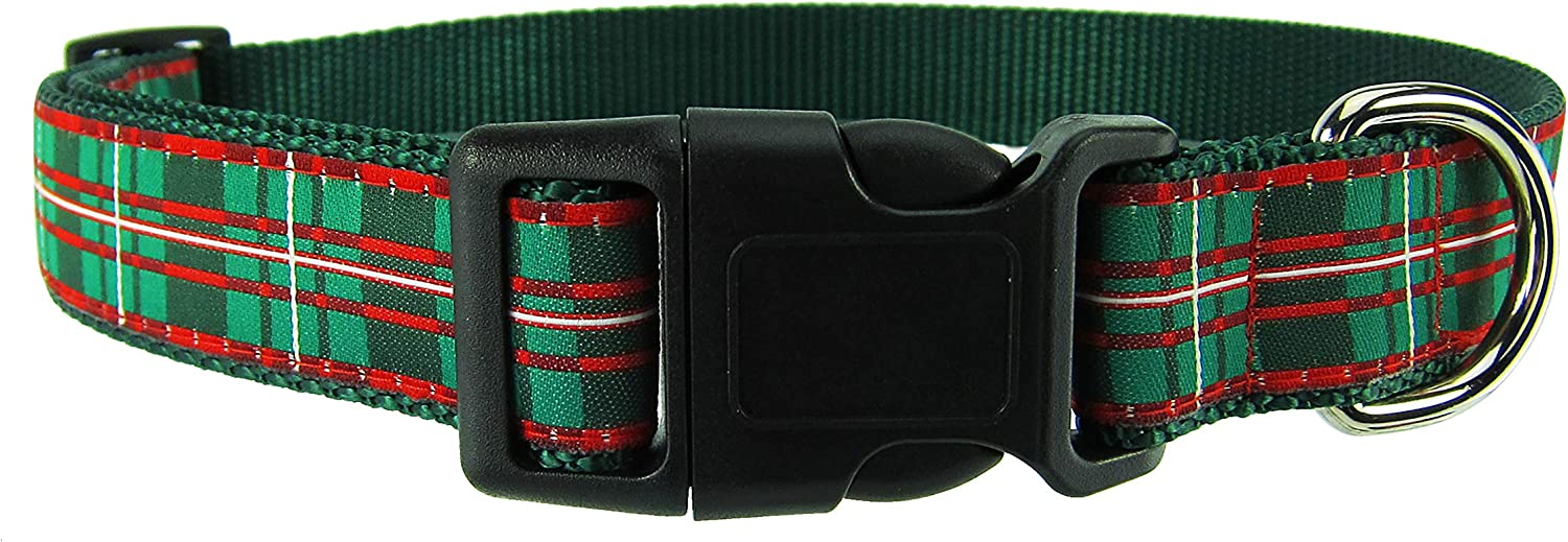 DOG & COMPANY Christmas Plaid Pattern  1  Wide Heavy Duty Adjustable Pet Collar (Medium 12 20 )