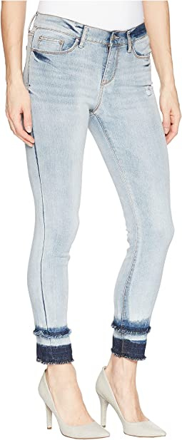 Mid Rise Crop Jeans in Blue