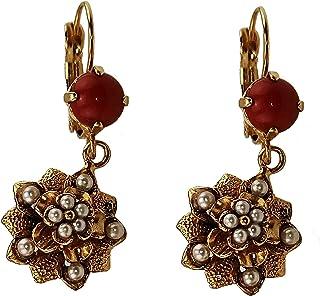 Orecchino Vintage Mokilu' in Ottone anallergico con doratura 24K effetto Oro Antico, Due coralli e delle piccole perle col...