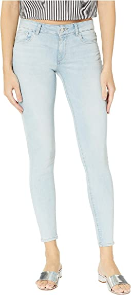 Emma Low Rise Skinny in Waldon