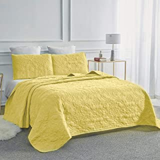 Sophia and William 3-Piece Quilt Set, Queen Size Bedspread Coverlet Set Lightweight, Hypoallergenic, Gold