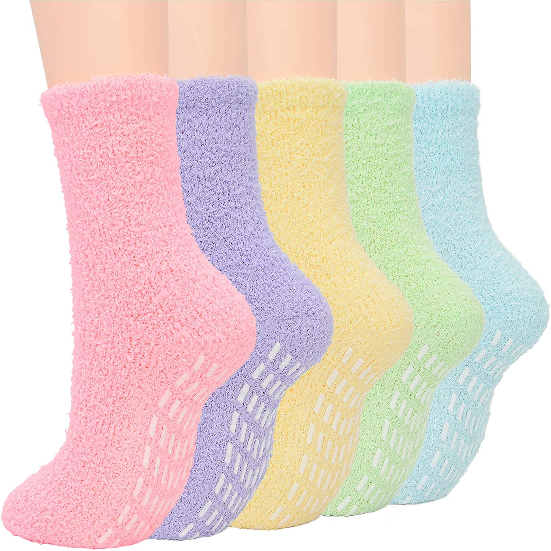 Zando Womens Fuzzy Socks Winter Slipper Socks Non-Slip Grip Socks Warm Fleece Socks Non Skid Socks Soft Fluffy Socks