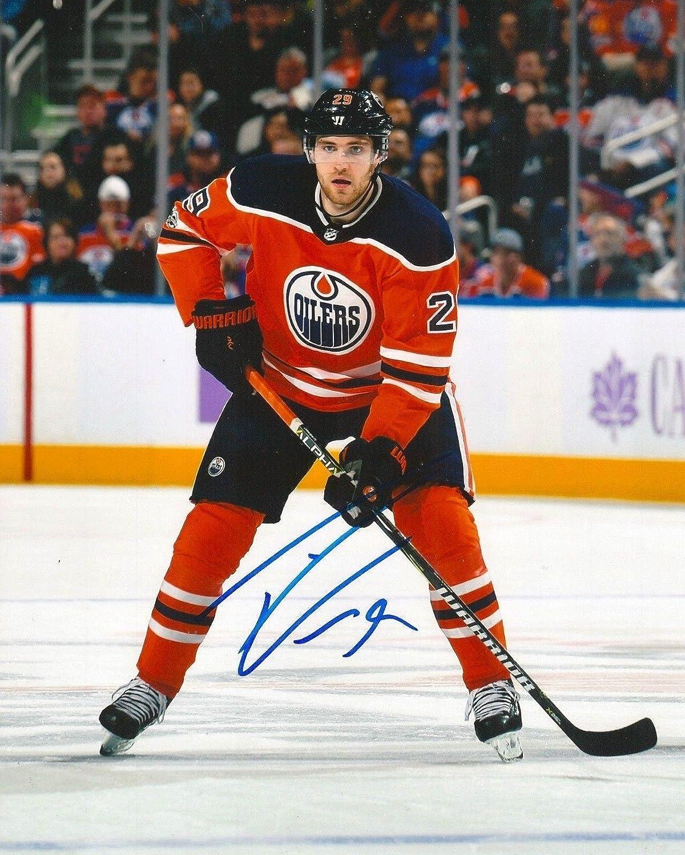 Leon Draisaitl Autographed Picture  8X10 w COA B  Autographed NHL Photos