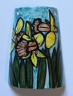Narcisos amarillos, flores- Teja de cerámica hechas a mano, base cm 10.8 y alto con cm 14.7. Hecho en Italia, Toscana, Lucca. Creado por Davide Pacini.