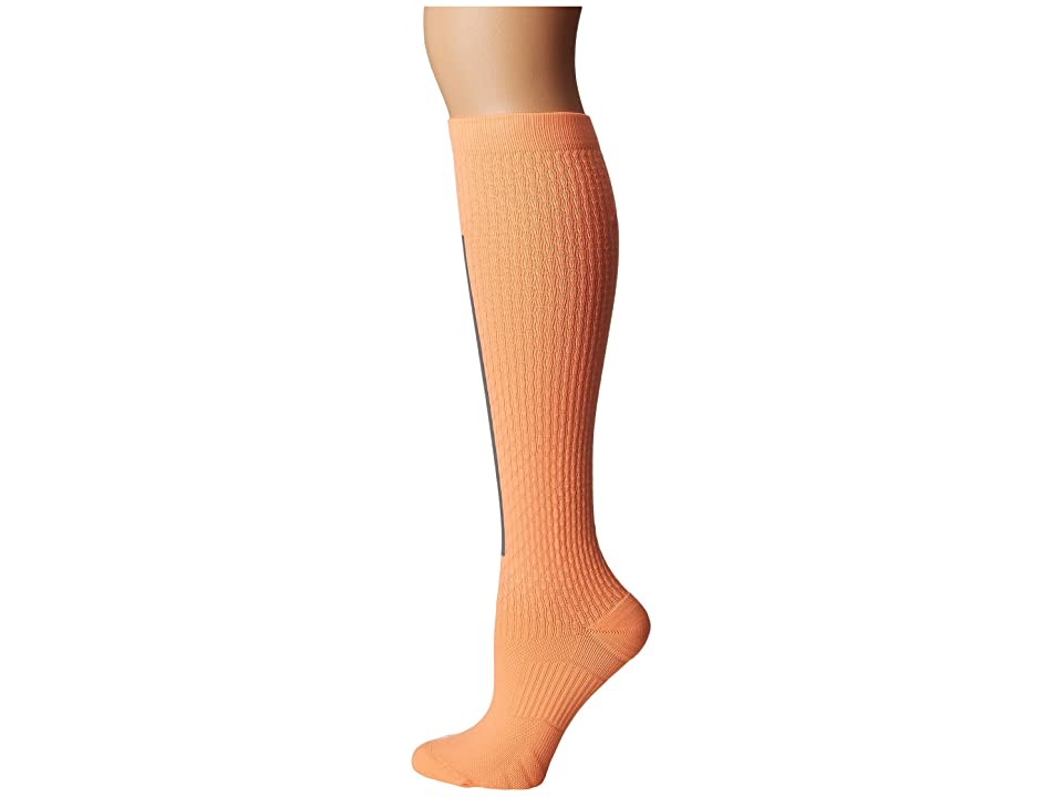 Nike High Intensity Over the Calf Training Socks (Peach Cream/Metallic Silver/Bright Mango) Women