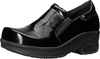 Easy Works Women's Appreciate Health Care Professional Shoe, Black Patent, 6.5 2W US