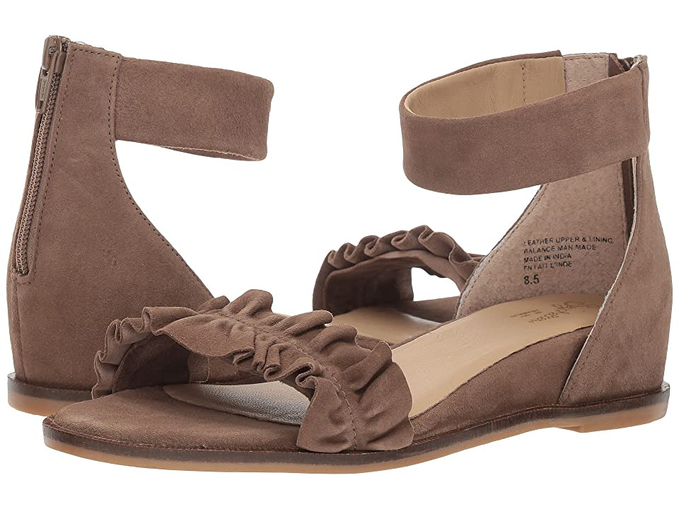 Seychelles Noble (Taupe Suede) Women