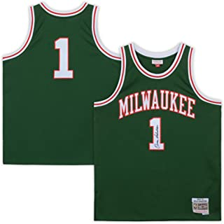 Oscar Robertson Milwaukee Bucks Autographed Mitchell & Ness Green Replica Jersey - Fanatics Authentic Certified