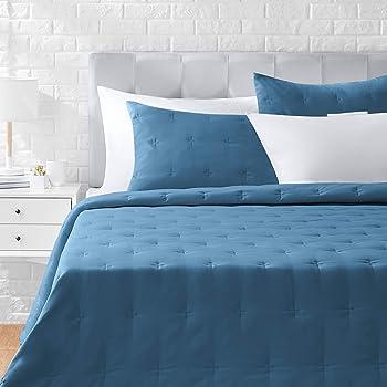 AmazonBasics Tufted Stitch Comforter Set - Premium, Soft, Easy-Wash Microfiber - Full/Queen, Deep Teal