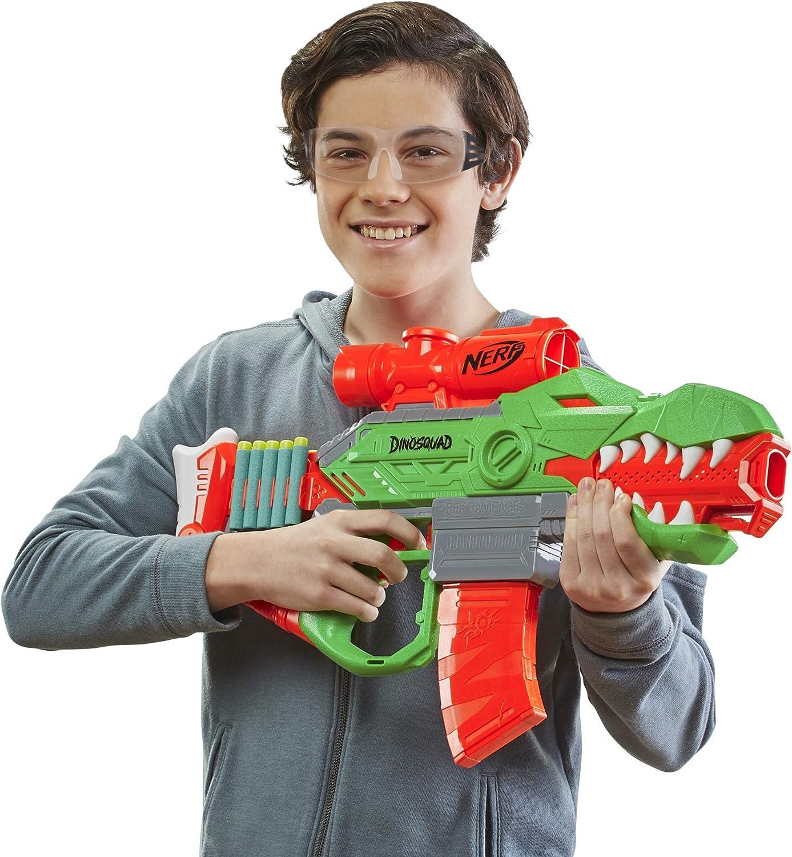 Nerf DinoSquad Rex-Rampage Blaster - Boy holding the Blaster