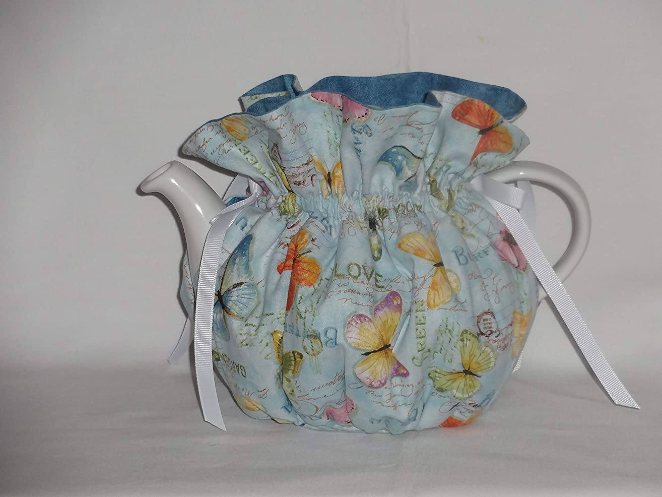 Pretty Butterflies on Blues 6 Cup Reversible Tea Pot Cozy