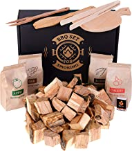 BBQ grill cooking set: wood chunks / variety chips for smokers / grill tools - Outdoor grilling and barbeque accessories - Smoker gift-set for men