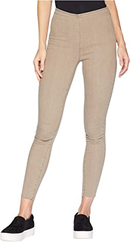 Easy Goes It Jeans in Khaki
