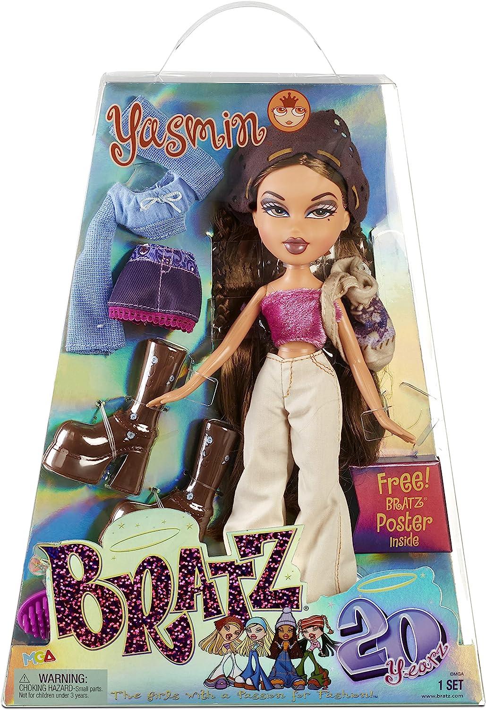 Bratz Edición Especial 20 Años Muñeca de Moda Original Yasmin - Caja holográfica y póster - Coleccionable - Réplica de la versión de 2001 - Incluye 2 Vestidos, Zapatos, Bolso y más